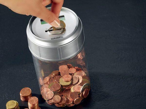 Talletukset laskeva säästölipas